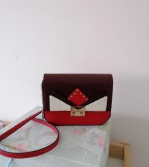 Crveno bijela torbica Zara