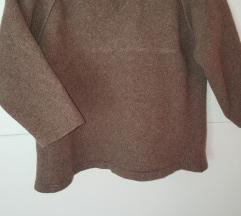 Benetton pulover/dzemper S/M