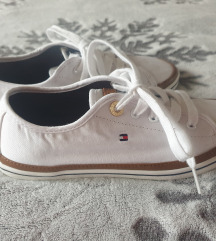 Tenisice Tommy Hilfiger 37