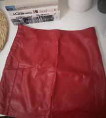 Crvena kožna suknja!