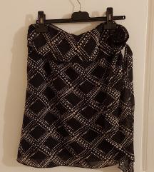 Lijepa crno bijela suknja sa tockicama 36/38