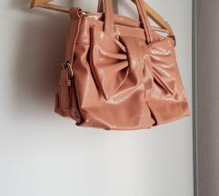 Preslatka torba s mašnom