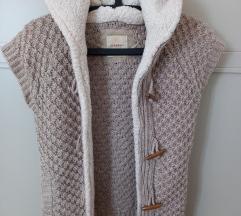 Zara knit pleteni prsluk