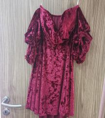 Plišana haljina sa spuštenim ramenima
