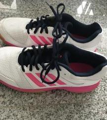 Adidas tenisice za dvoranu kao nove