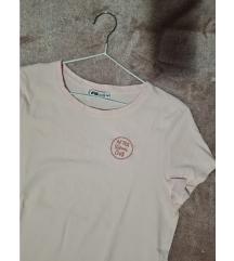 Kratka majica (gratis uz kupnju)
