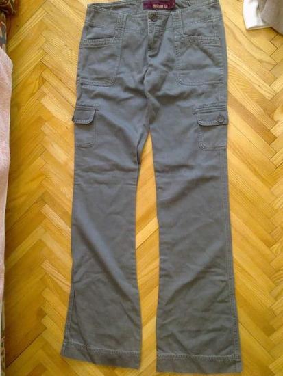 Hollister hlače