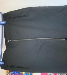 Naf Naf crna suknja do koljena
