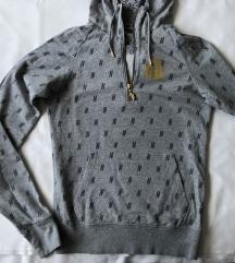 Nike sivi hoodie