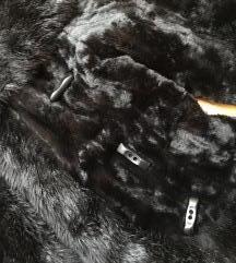 Dizajnerska bunda s gumbima/Made in Paris 36