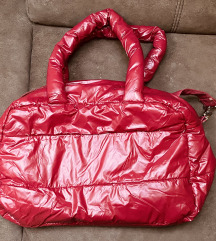 Velika crvena torba