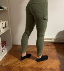 Maslinaste duge hlače