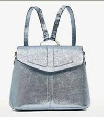 Zara srebrni ruksak