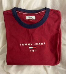 Urban Outfitters Tommy Jeans Shirt