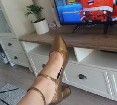 Nove Mango zlatne cipele