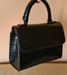 😍Mala crna kožna torbica s kroko uzorkom😍 %%%
