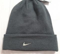 Nike nova zimska kapa