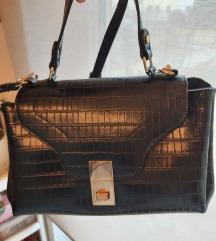 Crna torbica imitacije kože