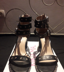 Crne sandale 38