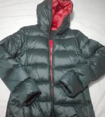 Smaragdno zelena pernata jakna , vel 38 (M)