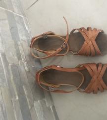 Plesne cipelice brojevi  31 i 32