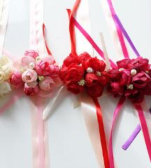 Prekrasni novi cvijetni reveri- 5komada