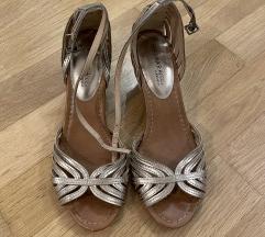 Nove Kozne Zlatne Sandale, Velicina 38