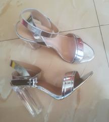 Srebrne sandale na petu (pošt. uklj. u cijenu)