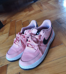 Nike air force roze