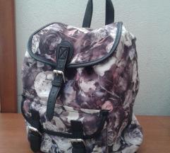 Cvjetni ruksak