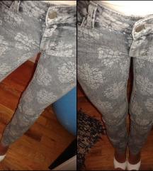 Uske print hlače