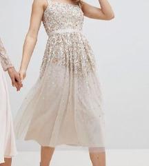 Prekrasna svečana haljina ASOS