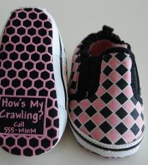3 - 6 mjeseci tenisice cipele za bebe kao nove