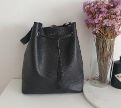 Furla nova torba crna