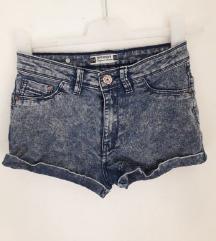 Traper vruće hlačice šorc 34