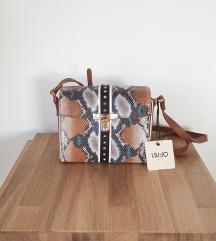 Original Liu Jo torbica sa zakovicama NOVO
