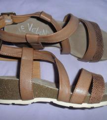 Borovo sandale vel. 38, prava koža