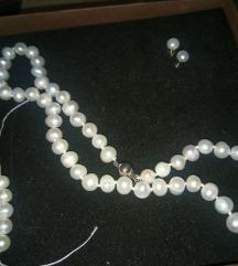 Akoya ogrlica, prirodni rječni biser