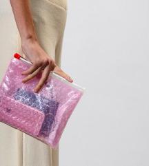 Glossier kozmetička torbica