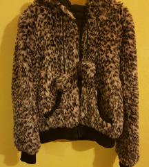 Čupava jakna/bundica 40/42