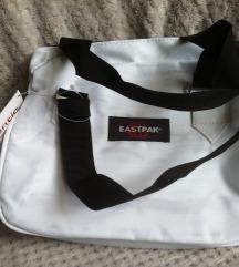 EASTPACK bijela torba, nova