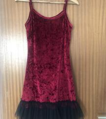 Plišana crvena haljina