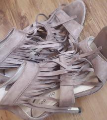 Sandale s resicama