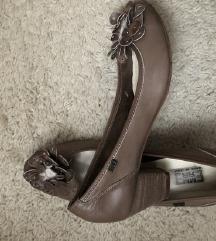 Kožne cipele nove 38