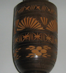 vaza drvena vintage duborez ručni rad