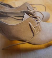 Cipele puna peta 38