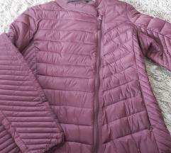 Nova tanja prijelazna jakna