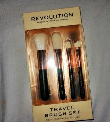 Revolution Beauty četkice