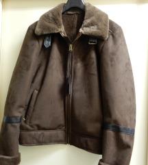 Bunda smeđa jakna kratka Novo