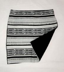 Uska suknja/sada 20kn